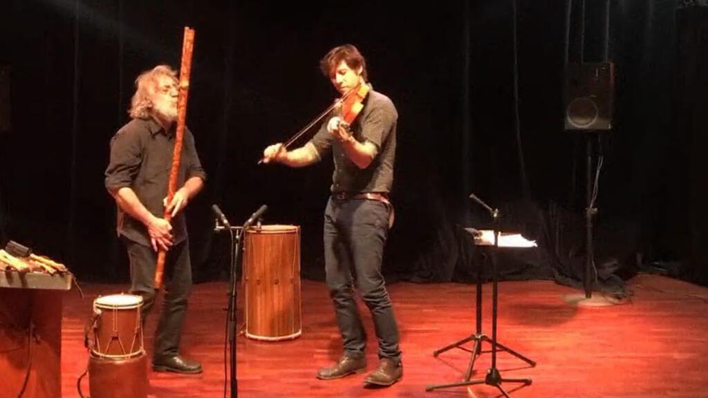 ميكيو وبالتازار مونتانارو في حفل إطلاق الألبوم