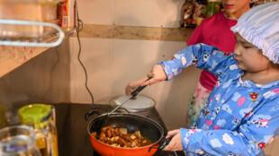 fiile cuisniere birmanie