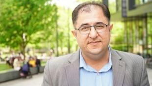 الروائي السوري هيثم حسين