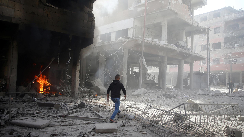 آثارقصف وغارات في سوريا