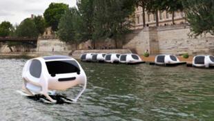 سيارات تاكسي طائرة على نهر السين في باريس