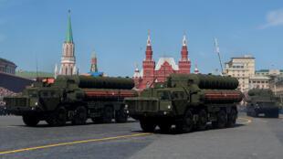 صواريخ أس-400