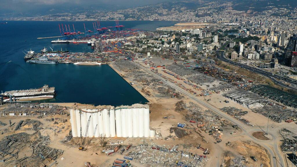 مشهد عام لدمار منطقة المرفأ في العاصمة بيروت