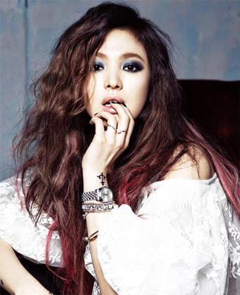 الممثلة سونغ هاي كيو
