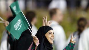 إمرأة سعودية مشاركة في الماراثون