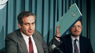 بنيامين نتانياهو حين كان سفيراً لإسرائيل في الأمم المتحدة عام 1987