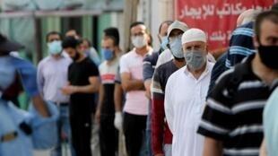 """""""كورونا"""" يشد الخناق على غزة!"""