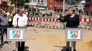 ميركل تزور المناطق التي شهدت فيضانات بألمانيا