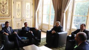 الرئيس ماكرون يستقل ممثلين عن المسلين في فرنسا يوم 28 أكتوبر 2019