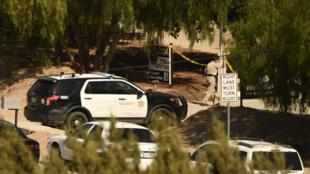 شرطة لوس أنجليس في موقع إطلاق النار