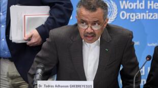 المدير العام لمنظمة الصحة العالمية تيدروس أدهانوم غيبريسيس خلال مؤتمر صحفي عقده يوم 30 يناير 2020