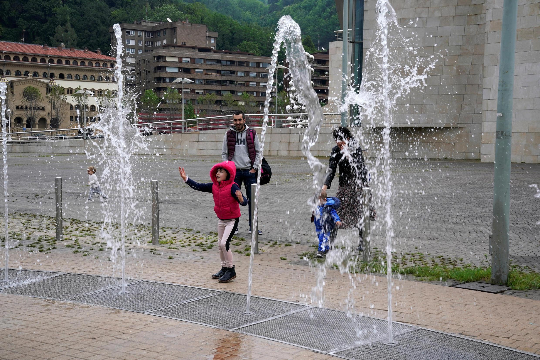 _SPAIN-CHILDREN