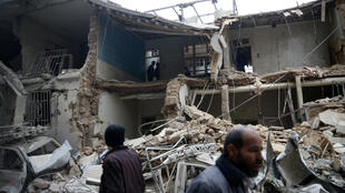 مشهد بعد سقوط قذائف في سوريا