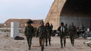 عناصر من الجيش السوري في ادلب