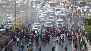 صورة من المظاهرات في إندونيسيا
