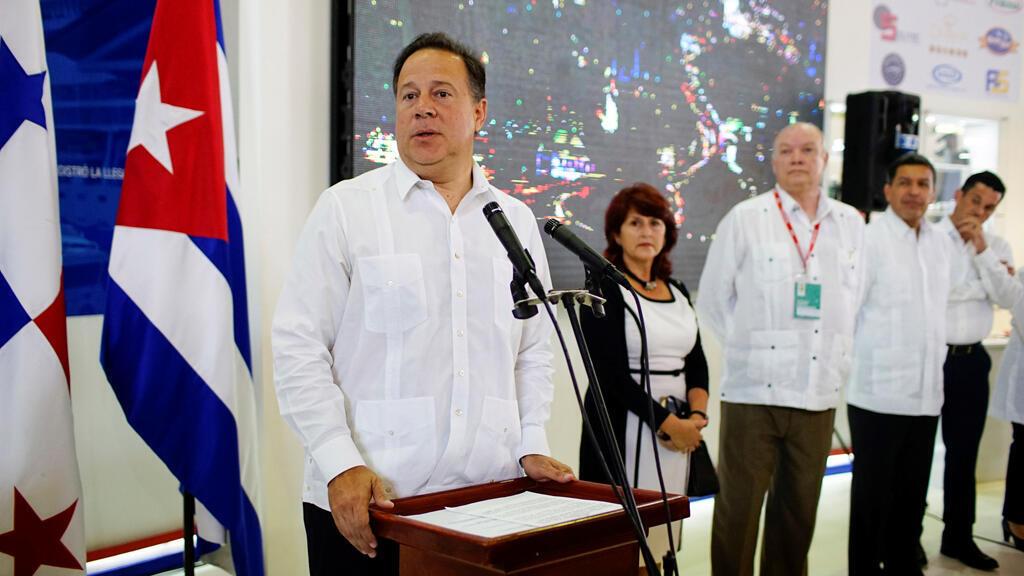 الرئيس البنمي خوان كارلوس فاريلا