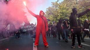 """مظاهرة لمجموعة """"بلاك بلوك"""" في باريس"""