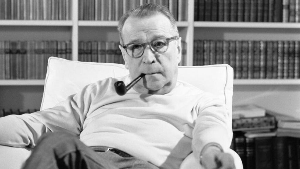 الكاتب البلجيكي جورج سيمنون