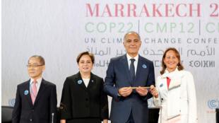 سيغولان روايال وصلاح الدين مزوار وباتريسيااسبينوزا في افتتاح قمة المناخ 22 في مراكش