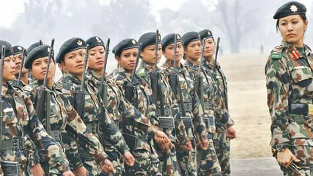 نساء نيباليات مجندات