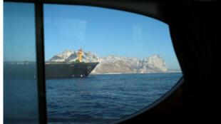 أدريان داريا 1 ، الناقلة النفطية في رانيان
