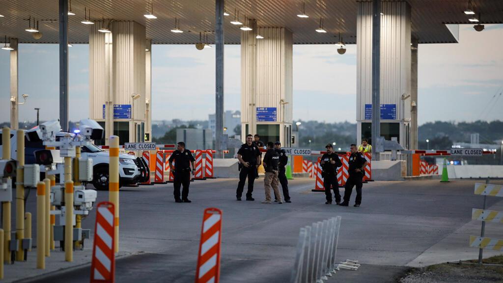 على الحدود بين الولايات المتحدة والمكسيك