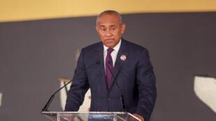 الملغاشي أحمد أحمد رئيس الاتحاد الإفريقي لكرة القدم ( كاف)