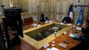 الرئيس الفرنسي إيمانويل ماكرون عبر الفيديو خلال مؤتمر باريس لمساعدة لبنان (02 ديسمبر 2020)