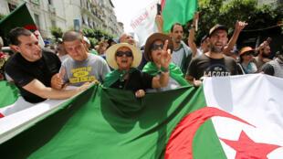 من احتجاجات الجزائر-
