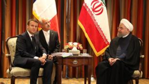 الرئيس الإيراني حسن روحاني والرئيس الفرنسي إيمانويل ماكرون