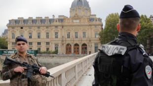 الشرطة الفرنسية-