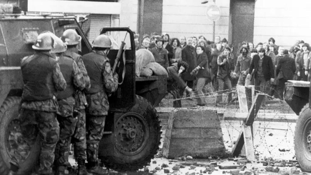 مواجهة بين الجيش البريطاني والكاثوليك في ايرلندا الشمالية