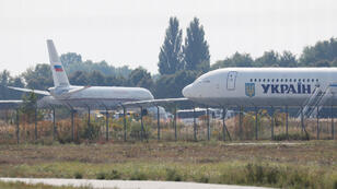 طائرتان روسية وأوكرانية مشاركتان في عملية تبادل الأسرة