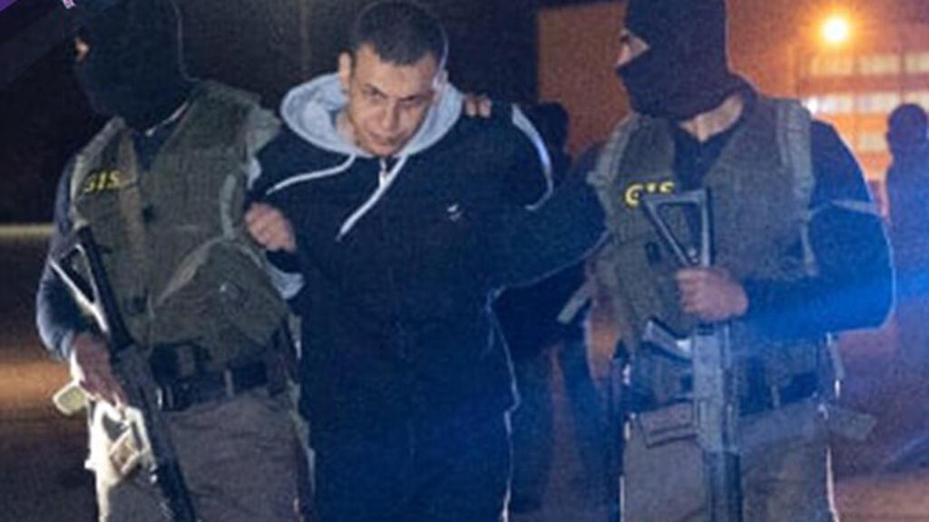 هشام عشماوي في قبضة الامن المصري