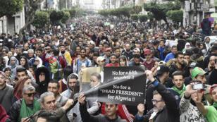 مظاهرات في الجزائر العاصمة يوم 8 مارس 2019