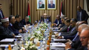 أول اجتماع للحكومة الفلسطينية منذ 2014