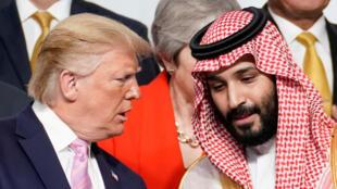 محمد بن سلمان ودونالد ترامب في قمة أوساكا