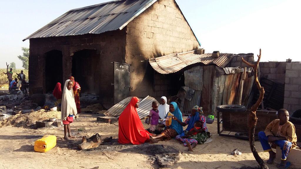 """بعد هجوم لـ""""بوكو حرام"""" على قرية في نيجيريا"""