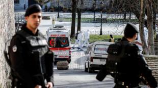 الشرطة التركية في حي سلطان أحمد باسطنبول