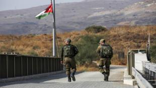 جنود على الحدود الأردنية الإسرائيلية