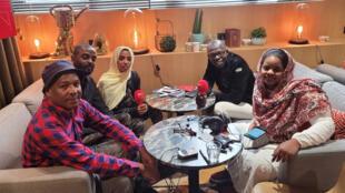 شباب من الثورة السودانية