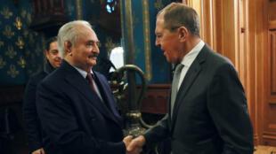 سيرغي لافروف يستقبل خليفة حفتر في موسكو يوم 13 يناير / كانون الثاني 2020