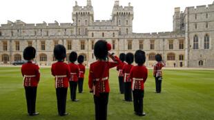 قصر ويندسور الملكي في بريطانيا