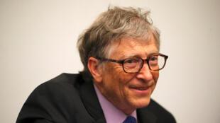 """بيل غيتس الشريك المؤسس في """"مايكروسوفت"""""""