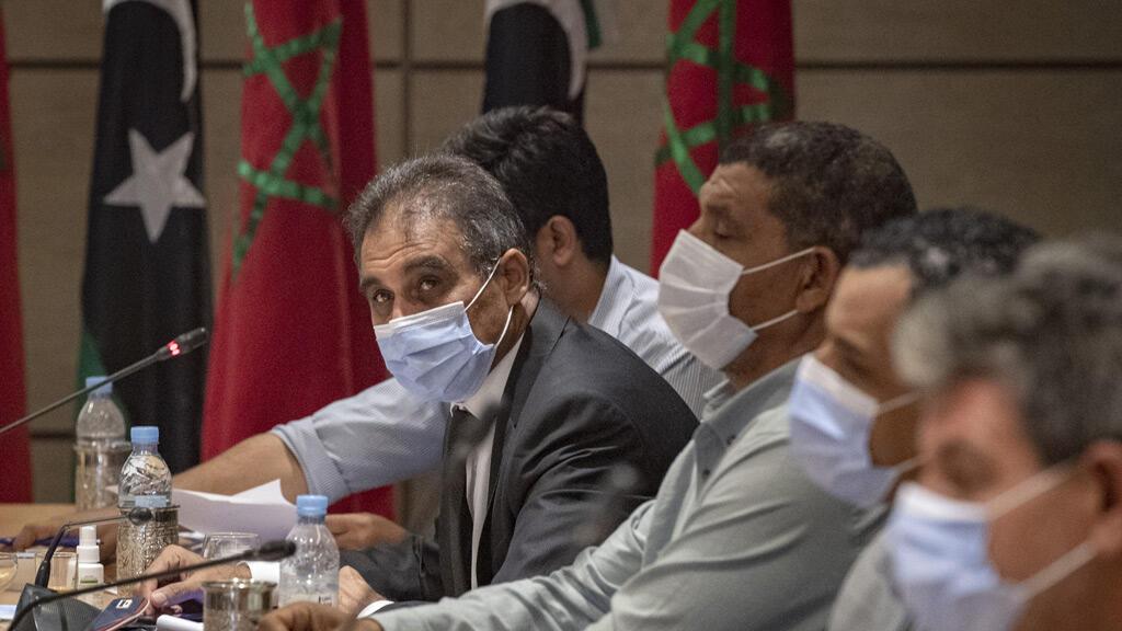 اجتماع ممثلين عن الفرقاء المتنازعين في ليبيا في بوزنيقة جنوب الرباط، بمبادرة من المغرب