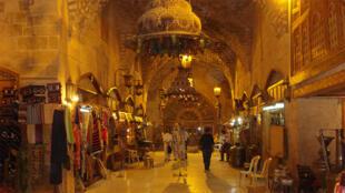 صورة لأسواق حلب قبل الدمار