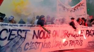 المتظاهرون الفرنسيون