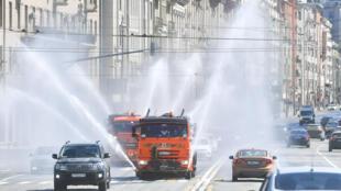 تعقيم الشوارع في موسكو