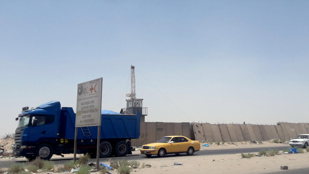 الموقع النفطي الذي استهدفه الصاروخ في البصرة