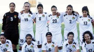 صورة من الفيس بوك يفترض أنها لمنتخب الأردن النسائي لكرة القدم